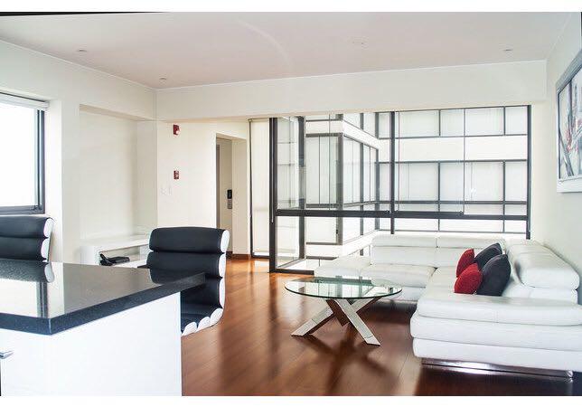 Lindo y Amplio departamento de 100 m2 en exclusivo edifico. Ubicado a unos pasos del Parque Melitón Porras , Zona muy segura y exclusiva.