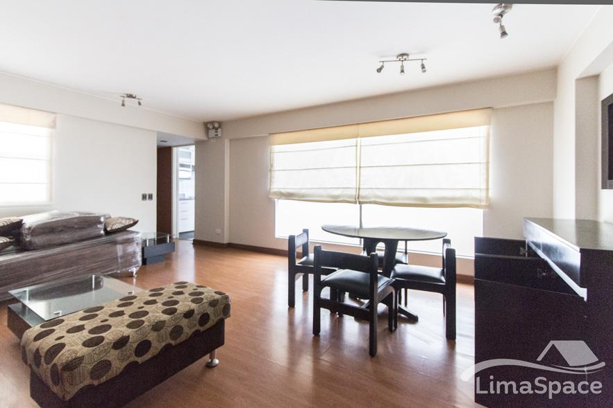 Hermoso departamento de dos habitaciones en Angamos Oeste