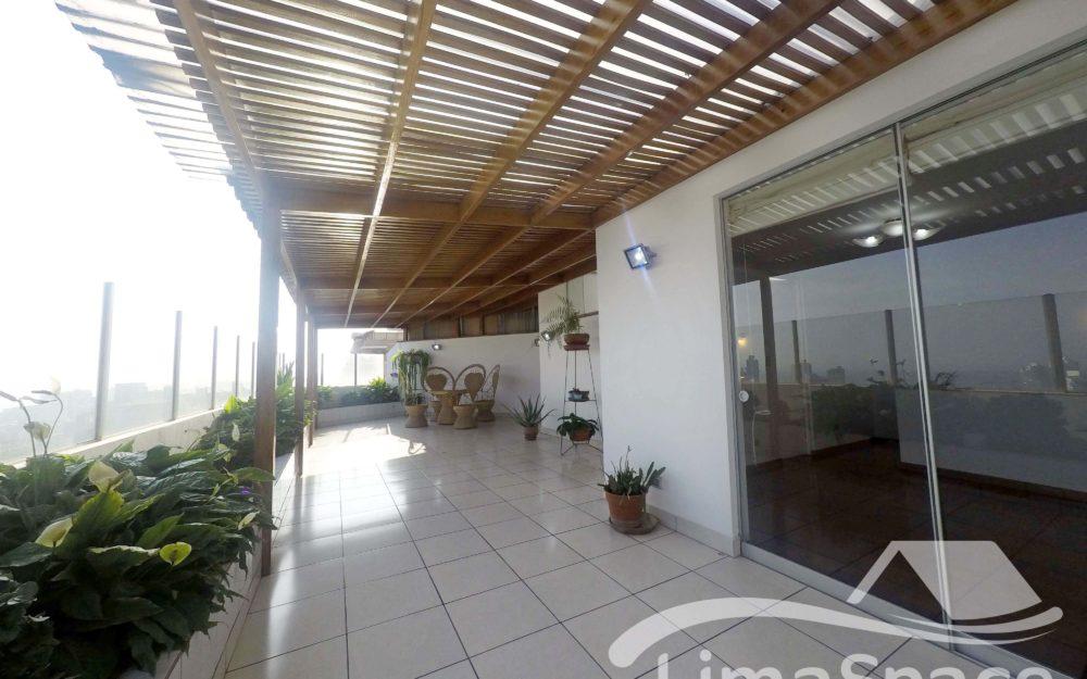 Duplex Penthouse de 190m² en El Corazón de Miraflores – MIR161