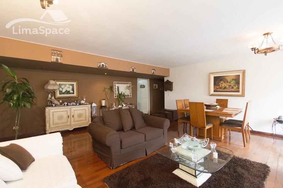 Venta de Departamento en Miraflores de 3 dormitorios  – MIW41