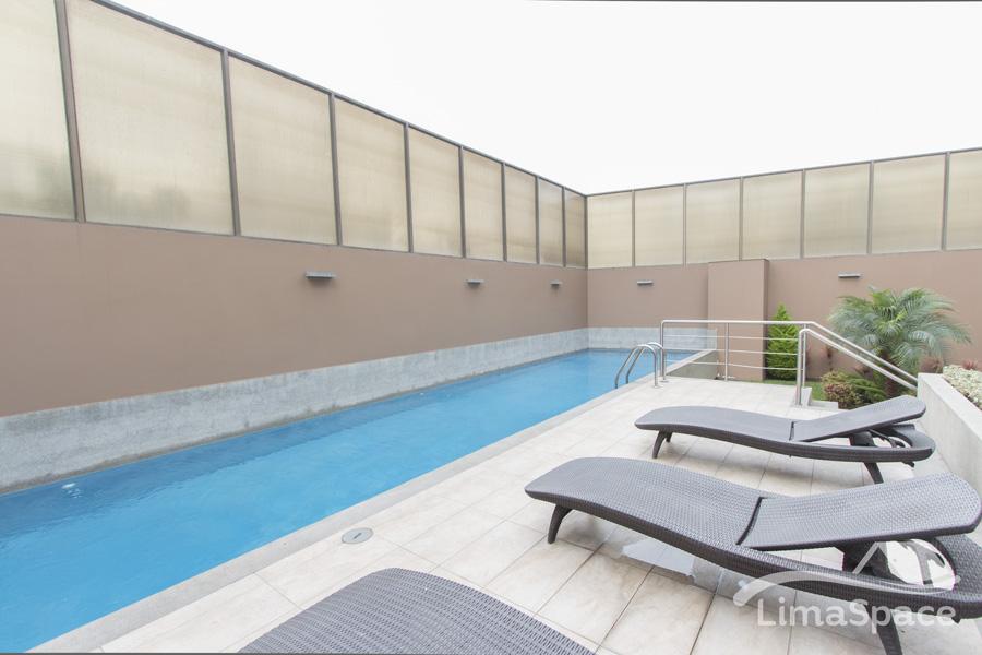 Espacioso departamento de 3 dormitorios con vista al mar y piscina