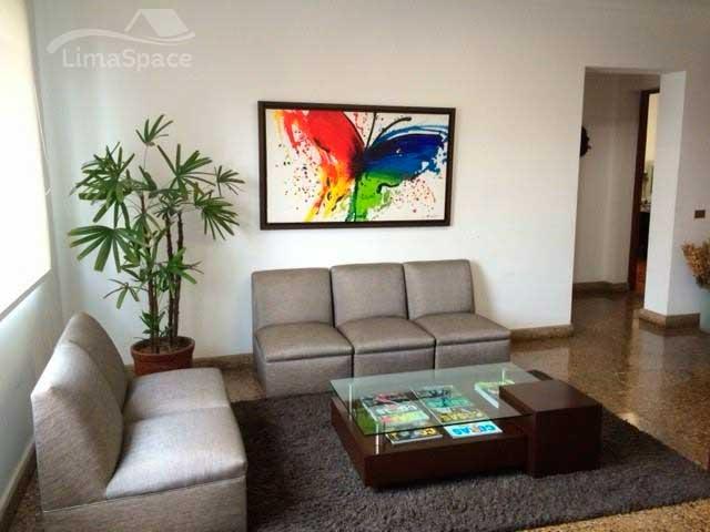 Hermosa Oficina amoblada con excelente ubicación en Miraflores