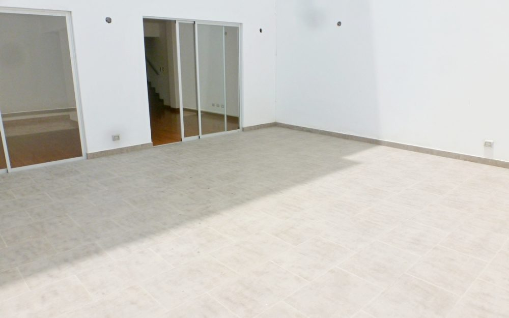Venta Dúplex De Estreno, Miraflores/San Isidro, 2 Dormitorios, Terraza – SIP109