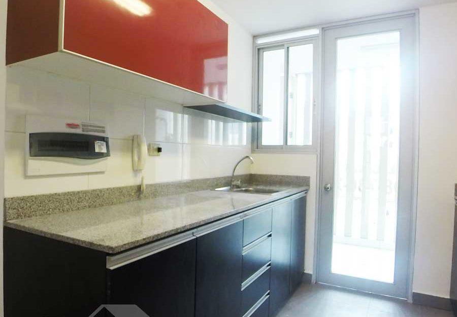 Departamento en venta en edificio con áreas comunes – MIW99