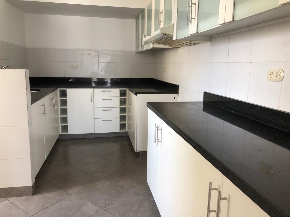 Luminoso y amplio departamento de 3 dormitorios en venta – MIW105