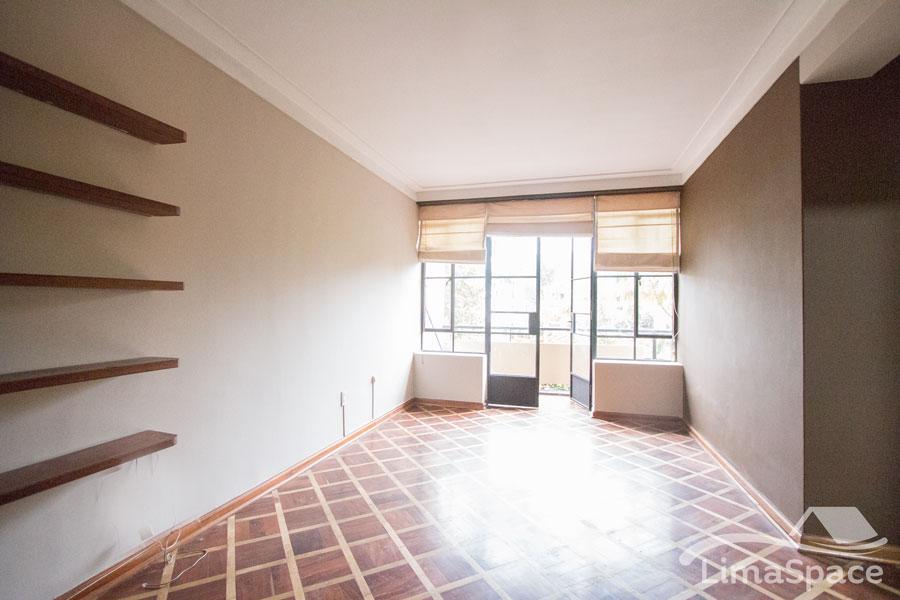 Mini Departamento en San Isidro un Habitaciones Estudio